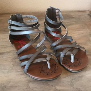 Strappy Grey Jellypop Sandals!